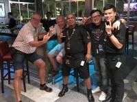 2017 11 07 Vientiane Besuch Hard Rock Cafe mit Chefs