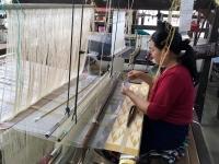 2017 11 08 Vientiane Textilmuseum mit Seidenverarbeitung