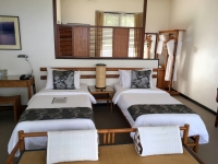 2017 11 09 Champasak Hotel River Resort grosse Zimmer