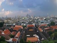 2017 10 27 Bangkok Blick vom Tempel des goldenen Berges mit 2 x Gerald