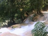 2017 11 03 Wasserfall neben Schmetterlingspark
