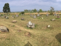 2017 11 06 Tonkrüge im Plain of Jars