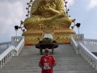 2017 10 28 Samut Songkhram Goldener Buddha FC Bayern München