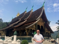 2017 11 02 Luang Prabang Wat Xiengthong Reisewelt on Tour