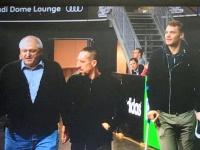 Verletzte Ribery und Neuer kommen in den Saal