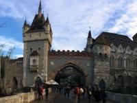 2017 12 31 Schloss Vajdahunyad aussen 1