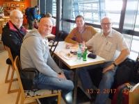 Stärkung am Flughafen Wien