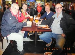 2017 02 14 Bahrain Prost im Hard Rock Cafe