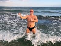 2018 02 27 Baden im Meer mit Wasserentnahme