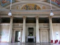 2018 05 02 Schloss Pillnitz Eingangshalle