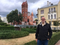 2018 06 25 Rote Kirche vom Hl Simon