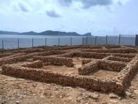 Spanien Ibiza Biologische Vielfalt und Kultur Sa Caleta Kopfbild