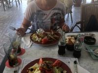 2018 07 14 Mittagessen am Strand von Cala del Puerto