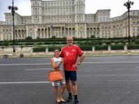 2018 07 30 Bukarest Parlamentspalast Reiseleiterin Claudia
