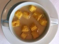 Suppe Creme aus weißem Spargel