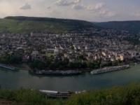 Blick von der Burgruine Landshut auf Bernkastel