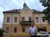 2018 09 03 Dunaföldvar Rathaus im Komitat Tolna