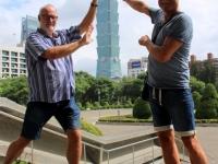 2018 09 24 Taipei Tower 101 von Sun Yat Halle_hoffentlich fällt er nicht um