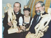 Winzerkönigin 2002 Margit Kalser_sofort gegoogelt
