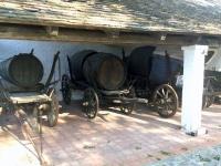 Weinfuhrwerke