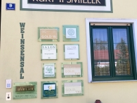 Eingang Weingut Ipsmiller