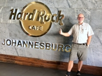 2018 10 21 Johannesburg Stamperlkauf im Hard Rock Cafe