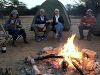 2018 10 23 Ghanzi Abendessen am Lagerfeuer
