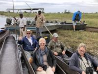 2018 10 26 Okawango Delta ausf gehts mit den Mokoro Booten