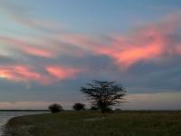 2018 10 27 Makgadikgade Salzpfanne Sonnenuntergang mit toller Wolkenstimmung