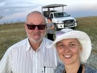 2018 10 27 Makgadikgade Salzpfanne mit unserem Safari_Jeep