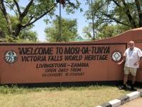 2018 10 31 Livingstone Unesco Tafel für Victoria Falls in Sambia