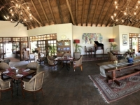 2018 10 31 Victoria Falls Ilala Lodge Restaurant innen