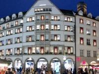 Kaufhaus Hirmer wunderschön beleuchtet