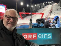 ORF Box mit Rennstrecke