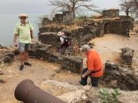 2019 02 14 Gambia James Island mit Kanone