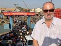 2019 02 15 Banjul Abfahrt der Fähre