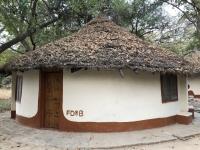 2019 02 16 Camp Laminkoto Unsere Hütte bei Tageslicht