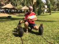 2019 02 13 Gambia Affenfütterung