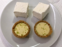 Dessert Mangotörtchen mit Passionsfruchtmarshmallows