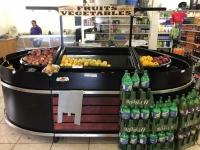 2019 03 16 Tristan da Cunha Supermarkt Obstauswahl