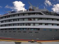 2019 03 03 Ushuaia Schwesternschiff Le Boreal
