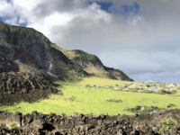 2019 03 16 Tristan da Cunha Blick auf den Vulkankrater