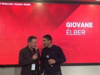 Giovane Elber im Interview mit FC Bayern TV Moderator