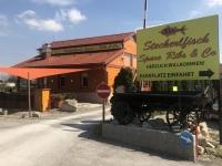 Grillrestaurant für Steckerlfische und Spare Ribs