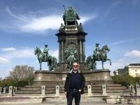 Denkmal am Maria Theresien Platz