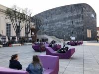Innenhof Museumsquartier mit Kunsthalle