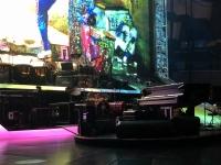 Sein Arbeitsplatz das Klavier