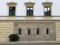 Mauerteile vom alten Kloster aus dem 12 Jahrhundert