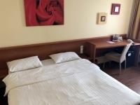 Hotel Star Inn 4