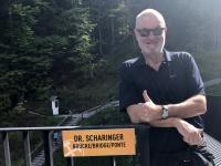 Scharingerbrücke neben dem Rudolfsturm auf dem Berg